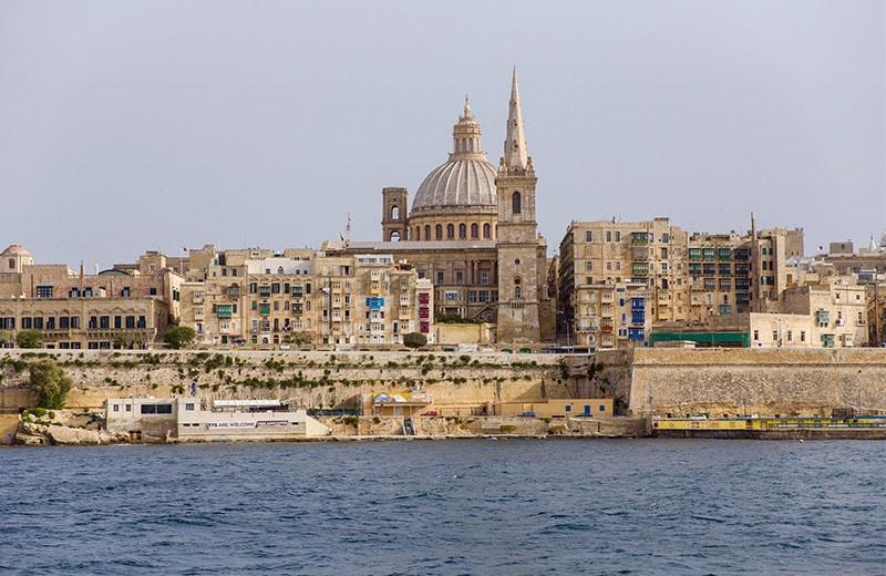Putovanje na sunčanu Maltu: Doživite savršen spoj Mediterana i Afrike, različitih kultura i naroda