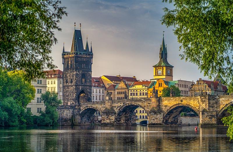 Najpoznatiji most u Češkoj izgrađen je od jaja, a posebno ga vole zaljubljeni parovi