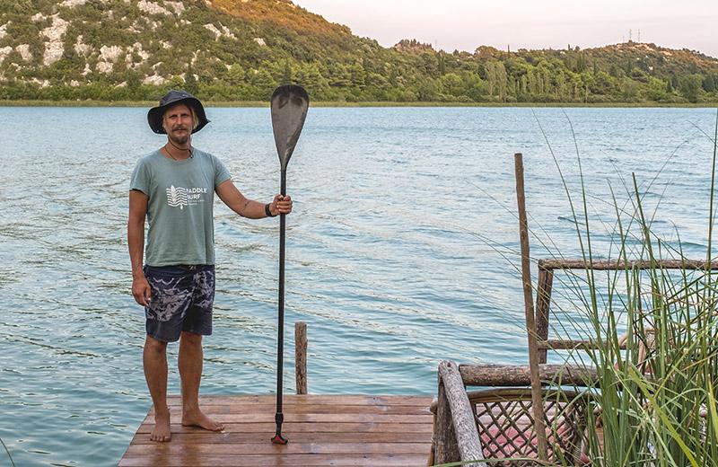 Tajno skrovište surfera u divljini Baćinskih jezera: Doživite nevjerojatnu ljepotu prirode uz veslanje na dasci