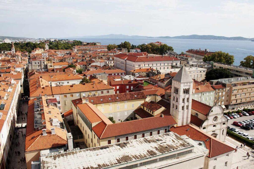 Pogled na grad Zadar iz zraka