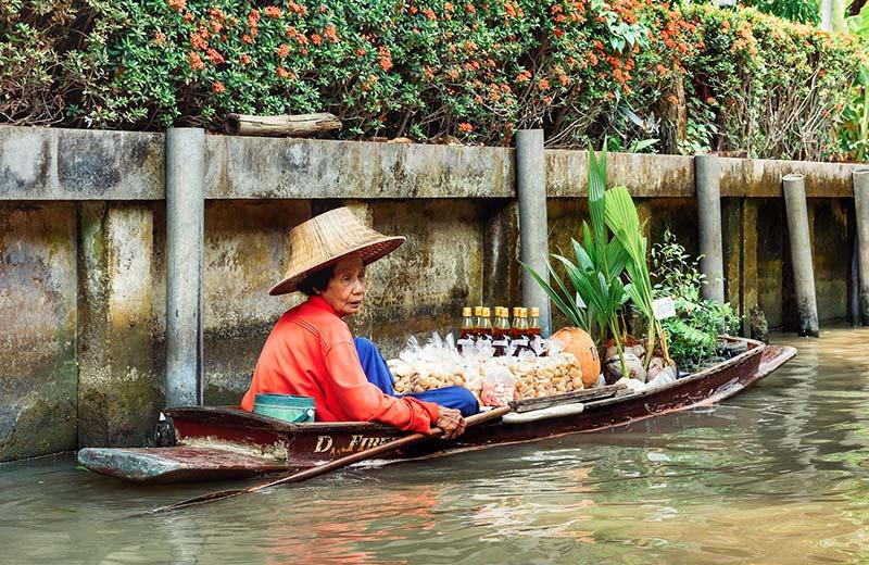 Tajlandski kanali: neodoljivi šarm plutajućih tržnica i nasmiješenih trgovaca u Bangkoku