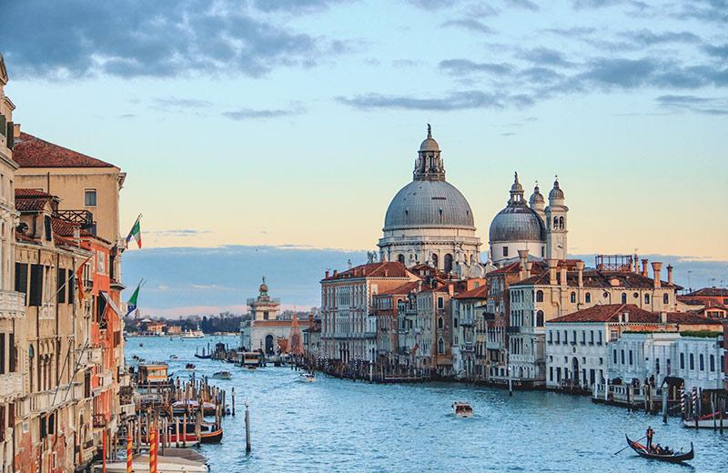 Grad kanala, gondola, karnevala, stakla i čipke: 10 stvari koje niste znali o Veneciji
