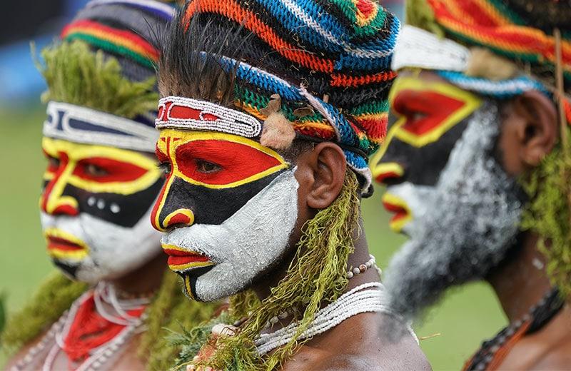 Kraljevstvo ratnika, perja i cvijeća: upoznajte pleme Huli koje bogatstvo mjeri u svinjama