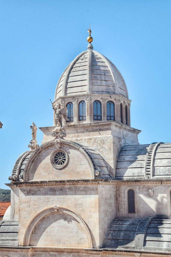 Vrhovi šibenske katedrale
