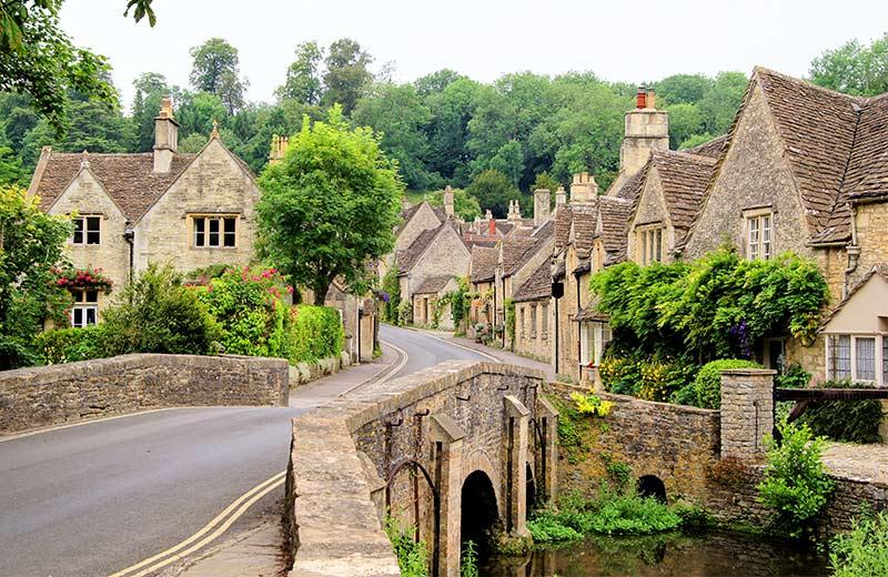 Od kamenih kućica okruženih pašnjacima do ribarskih sela u zagrljaju planina: ovo su najljepša sela Britanije